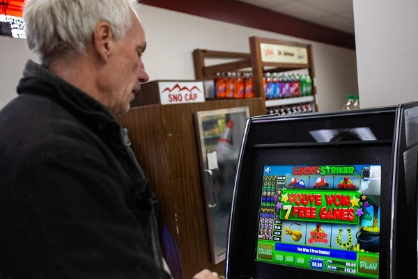 Playing Video Poker in the Michigan State